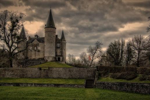 Château de Vêves - Photo by Eric Huybrechts
