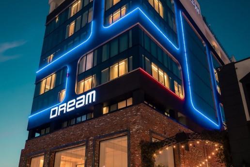 Dream Hollywood - Photo by Cameron Venti