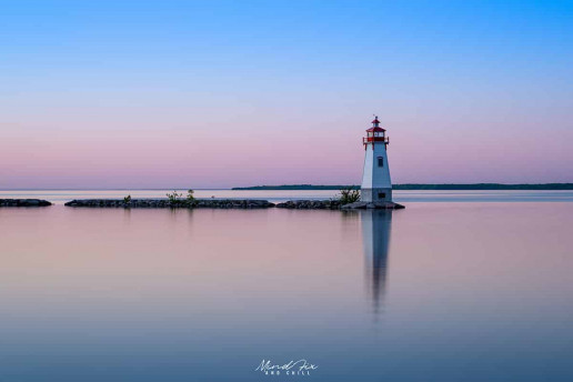 Jackson's Point Lighthouse - Photo by Mind Fix and Chill