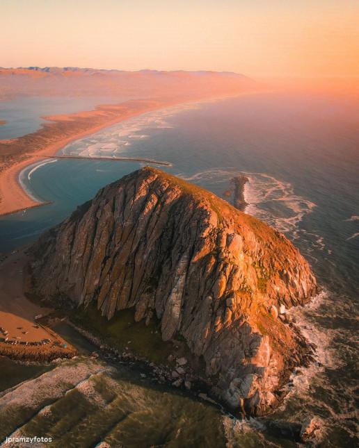 Morro Rock Beach - Photo by JP Ramirez
