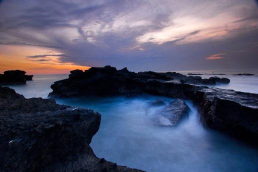 Pantai Mengening - Photo by Dewa Wira