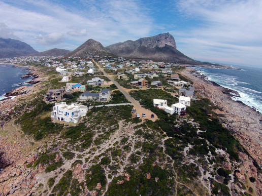 Pringle Bay Viewpoint - Photo by Aerial Picture and Video