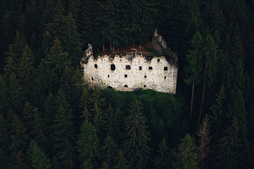 Ruine Altrasen - Photo by Kristaps Ungurs