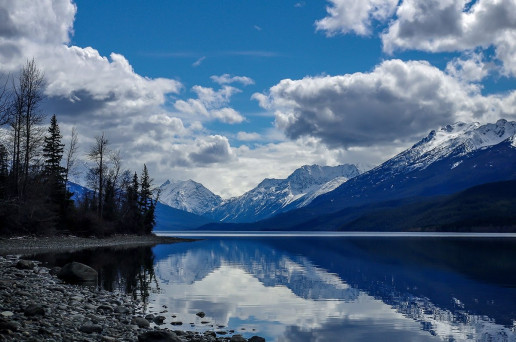 Tatlayoko Lake - Photo by Rod Ramsell