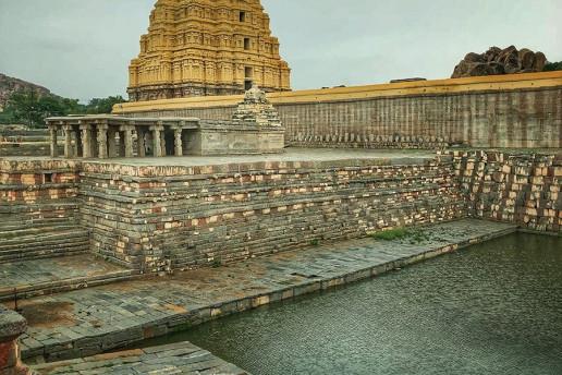 Virupaksha Temple - Photo by Prashmob