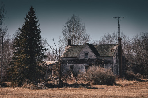 Abandoned Farmstead - Photo by Shawn M. Kent