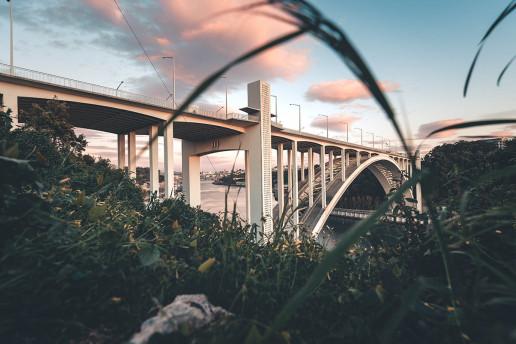 Ponte da Arrábida - Photo by Maksym Kaharlytskyi