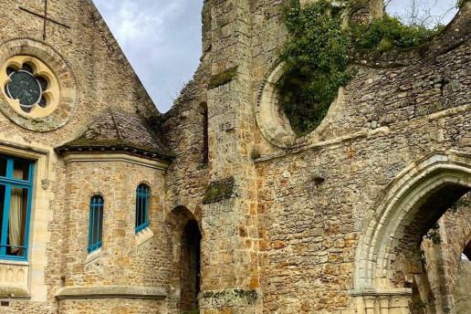 Abbaye des Vaux de Cernay by Amandine M