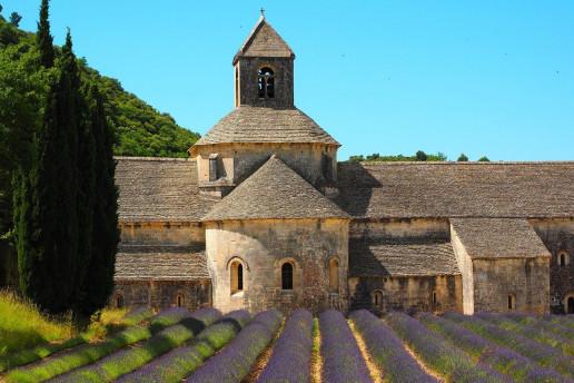 Abbaye Notre-Dame de Sénanque by Hans Braxmeier