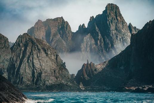 Elephant Island by Rod Long
