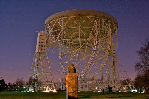 Lovell Telescope by Mike Peel